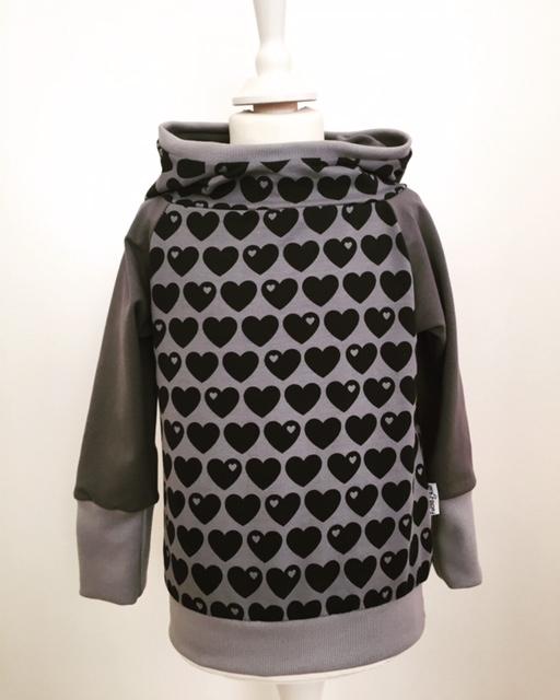 hoodie f r mama mit herzen grau. Black Bedroom Furniture Sets. Home Design Ideas