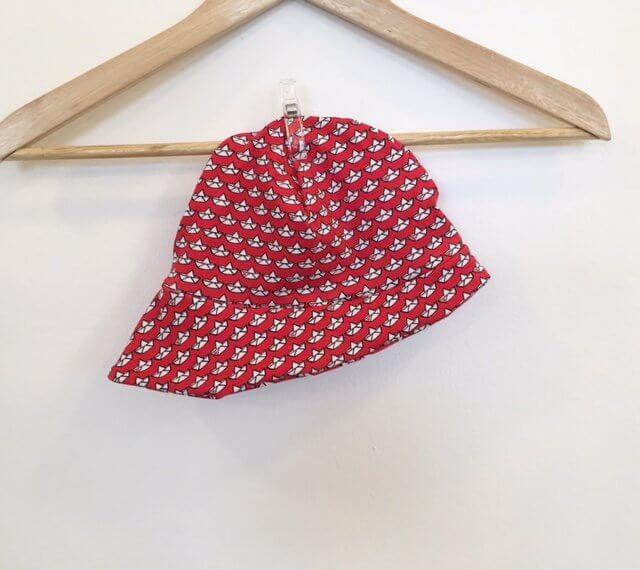 Sommermütze Loveboats rot