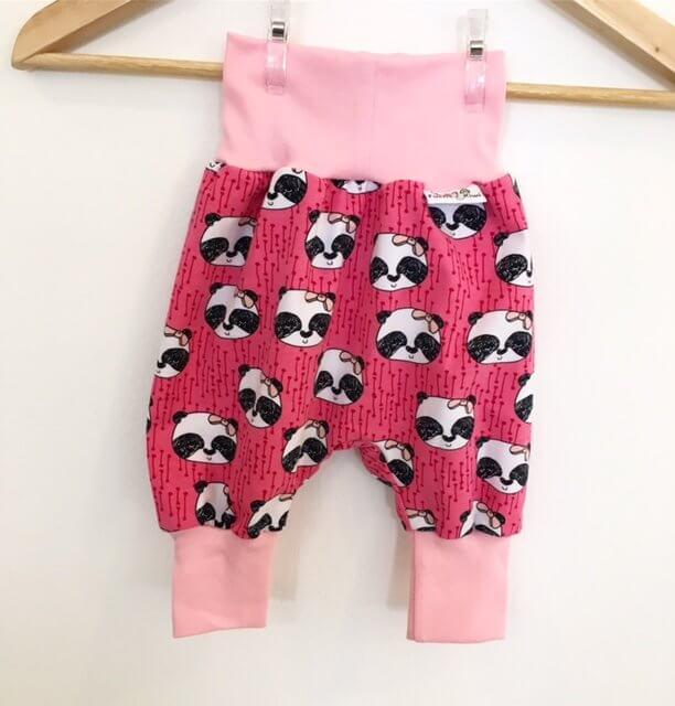 Pumphose mit Panda pink