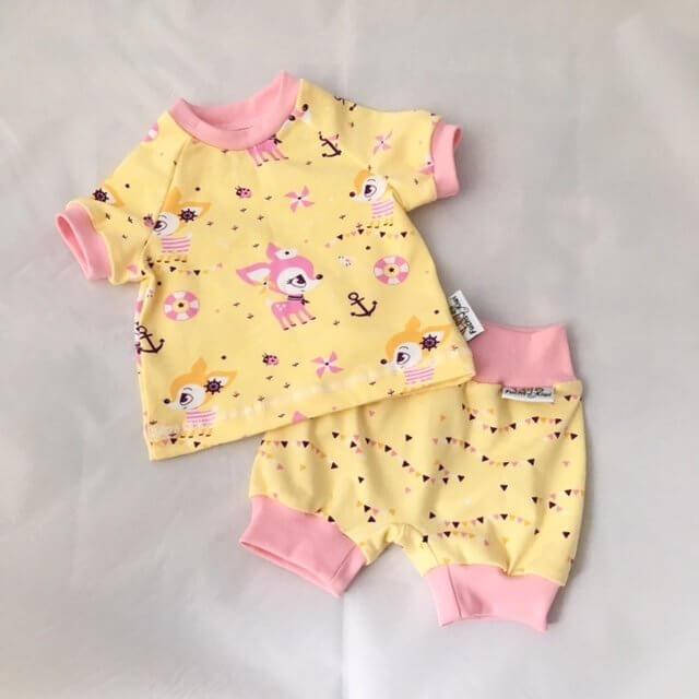 Set aus T-Shirt Reh gelb & kurze Hose Wimpel gelb