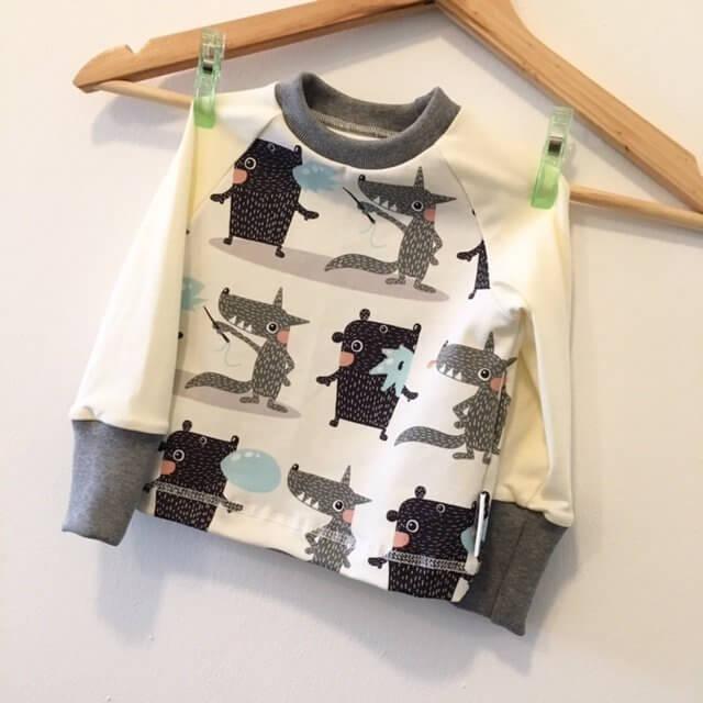 Langarmshirt mit Monster