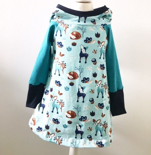 Hoodiekleid Winterrehe
