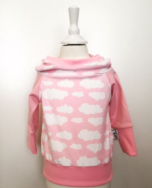 Hoodie mit Wolken rosa