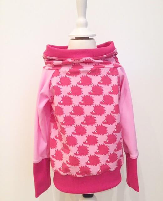 Hoodie mit Igel pink
