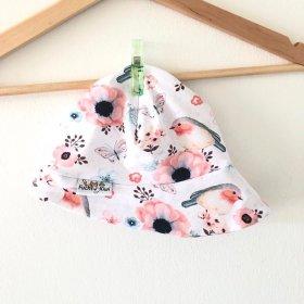 Sommermütze mit Vögelchen rosa
