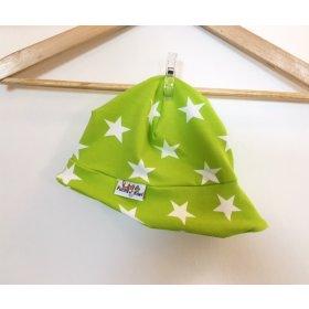 Sommermütze mit Sternen hellgrün/weiss