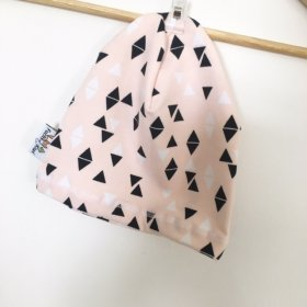 Beanie Triangles rosa