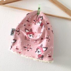 Beanie mit Winterrehen rosa