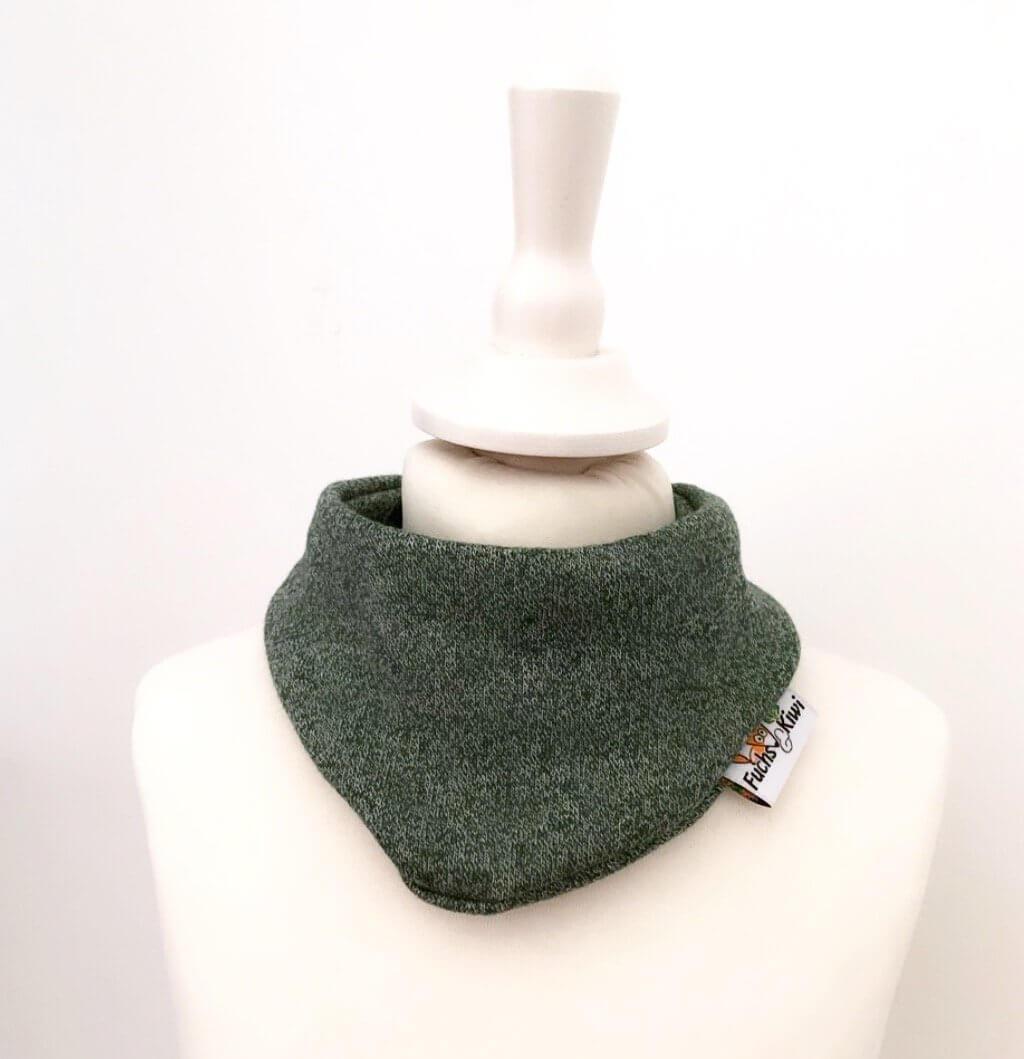 Halstuch Strick tannengrün