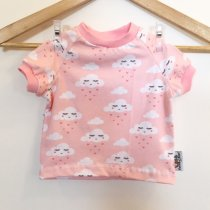 T-Shirt mit Wolken & Herzen rosa
