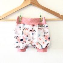 kurze Hose mit Vögelchen rosa