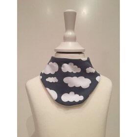 Halstuch mit Wolken grau