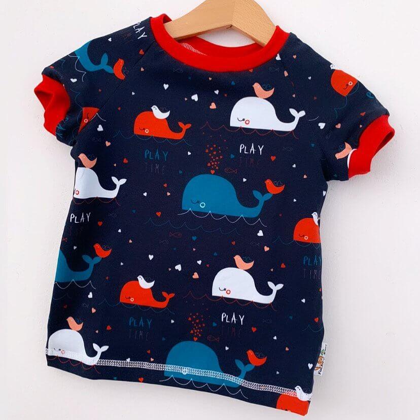 T-Shirt Wale bunt