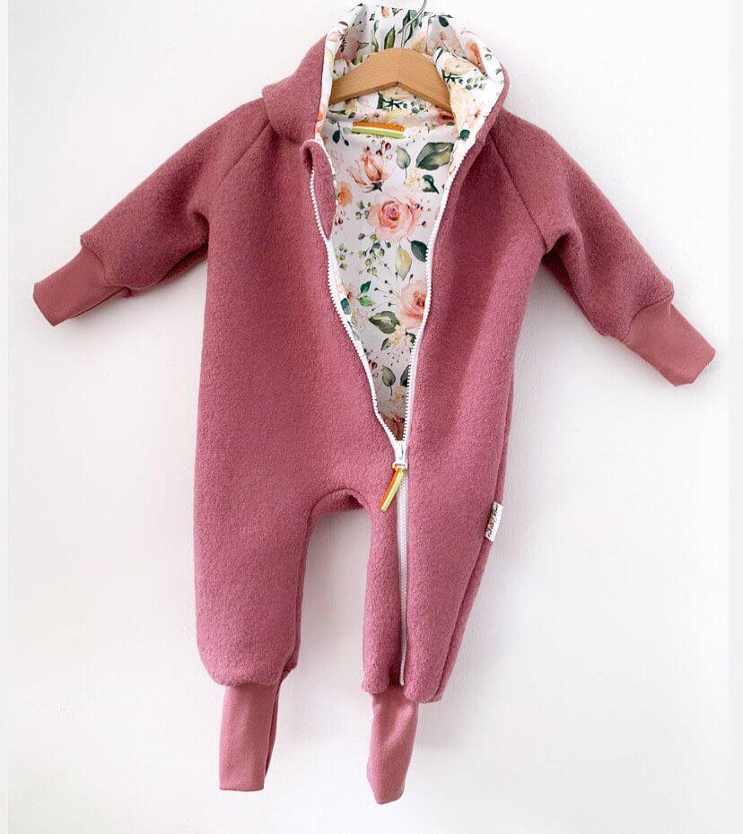 Walkoverall altrosa mit Blümchen rosa